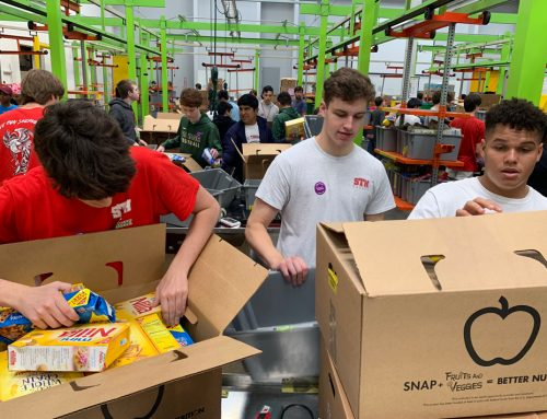 St. Thomas Launches Academic Year with Social Service at Houston Food Bank